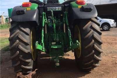 John Deere Four wheel drive tractors John Deere 6195 M Tractors