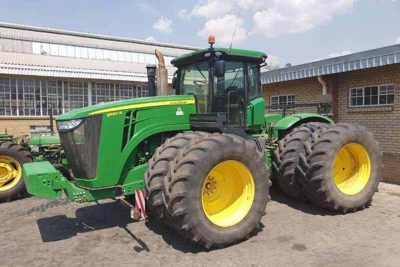 John Deere Tractors Four wheel drive tractors John Deere 9560 R 2015