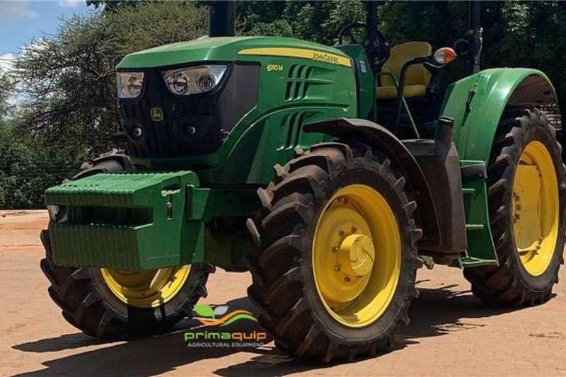 John Deere Tractors Grape harvesters John Deere 6110 M 2017