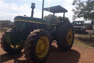 John Deere JOHN DEERE 3651 TRACTOR 4 X 4 GOOD COND Tractors