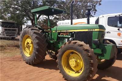 John Deere JOHN DEERE 3651 TRACTOR 4X4 Tractors