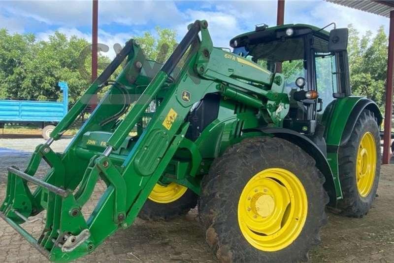 John Deere John Deere 6105M Tractors