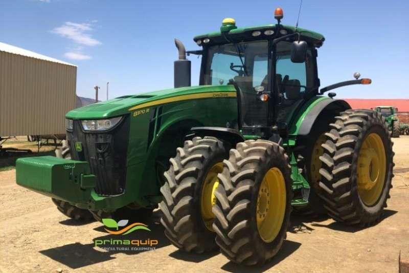 John Deere Tractors Row crop tractors John Deere 8370 R 2015