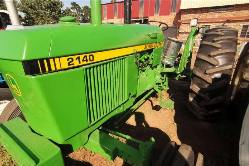 John Deere Tractors Two wheel drive tractors 2140 1988