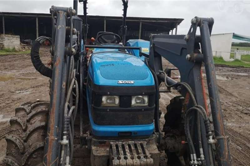 Landini Tractors 2WD Tractors Solis 90 with Sigma loader 2016