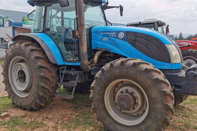 Landini Tractors 4WD tractors Landini Landpower DT145 Cab 4WD