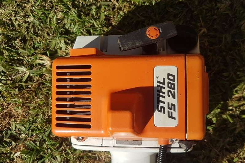 Lawn equipment Brush cutters STIHL FS280 brushcutter   almost new