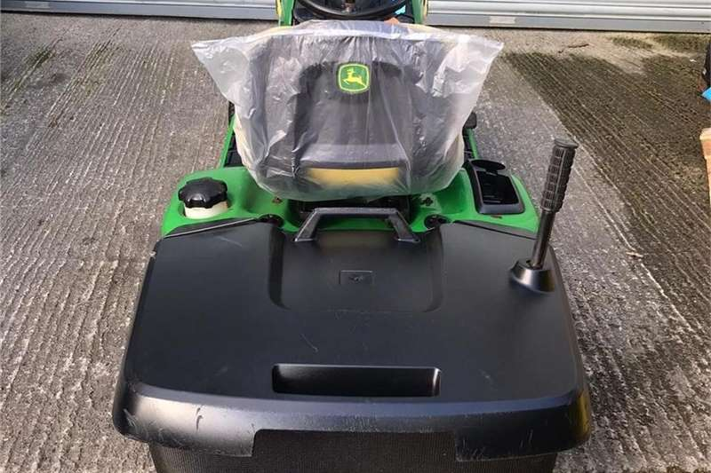 Lawnmowers In A Great Condition Ride on Lawn Mower Lawn equipment
