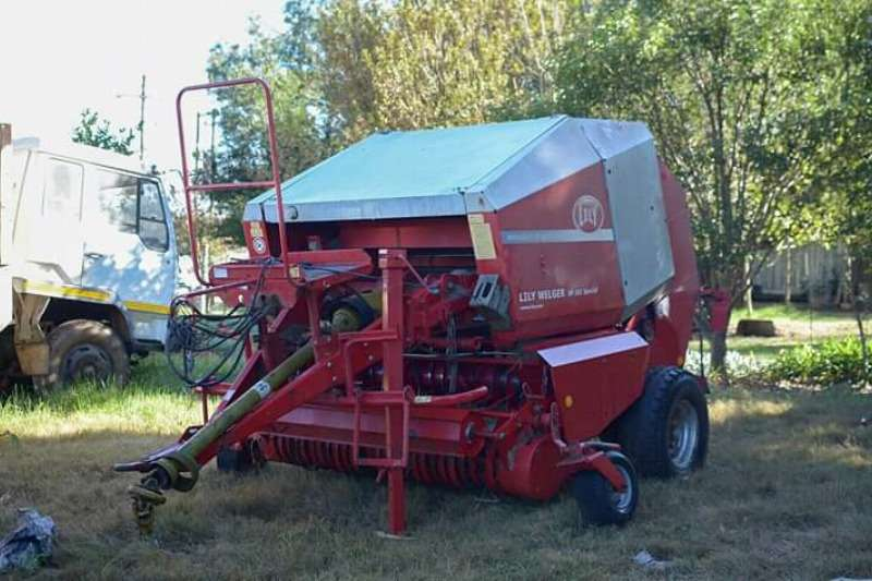 Lely Hay and forage Welger Baler