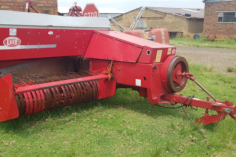 Lely Haymaking and silage Round balers AP 630 square baler 2013