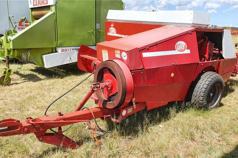 Lely Square balers AP 630 Square Baler Haymaking and silage