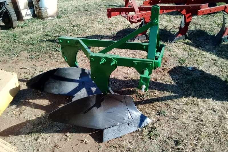 LEMKEN Ploughs Mouldboard ploughs 2 Skaar Ploeg