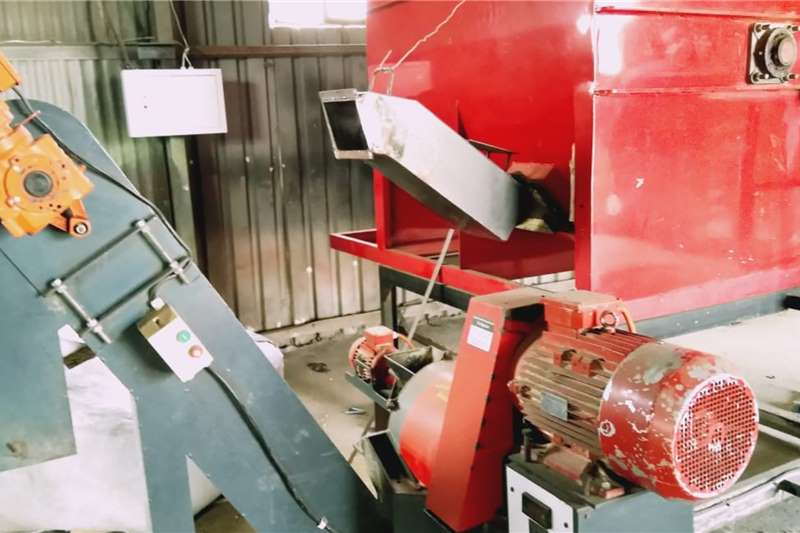 Livestock Feed mixers Agricon 50 pelletizer