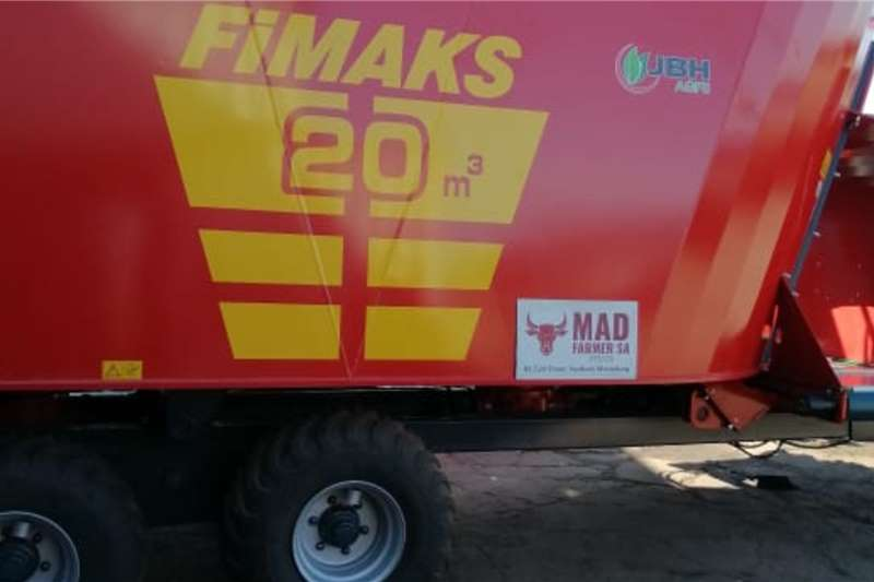 Feed mixers Brand new Fimaks 20 cube vertical feed mixers Livestock