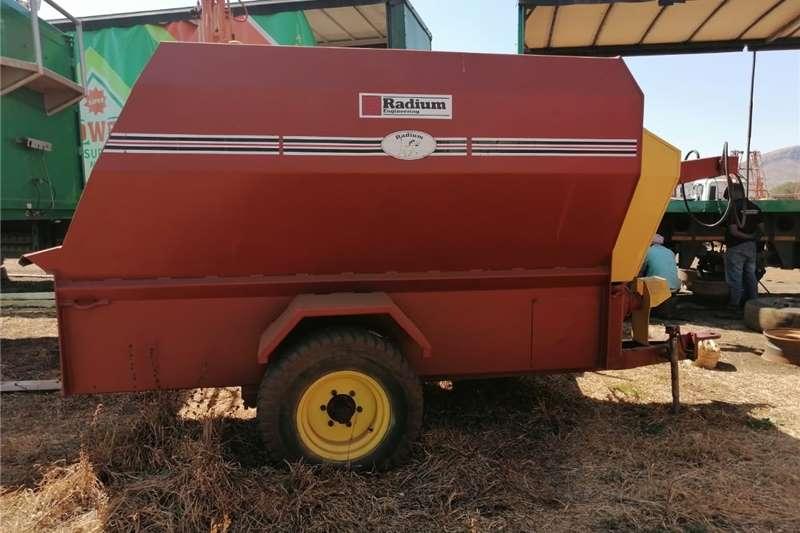 Feed mixers FEED MIXER Livestock