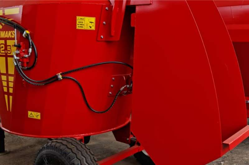 Feed mixers Fimaks vertikale voermengers 2.5 kubieke meter Livestock