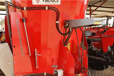 Feed mixers New Viraks Vertical mixer 3.5 cube Livestock