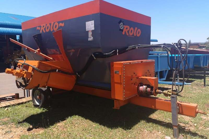 Feed mixers Rolo 10square meter Feedmixere without scale Livestock