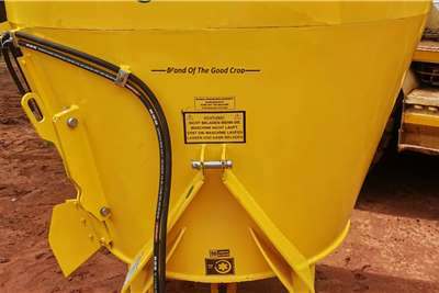 Feed mixers Soilmaster vertikale voermengers Livestock