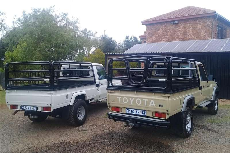 Livestock handling equipment Livestock crushes and equipment Car Accessories Bicycle Carriers and Roof Racks