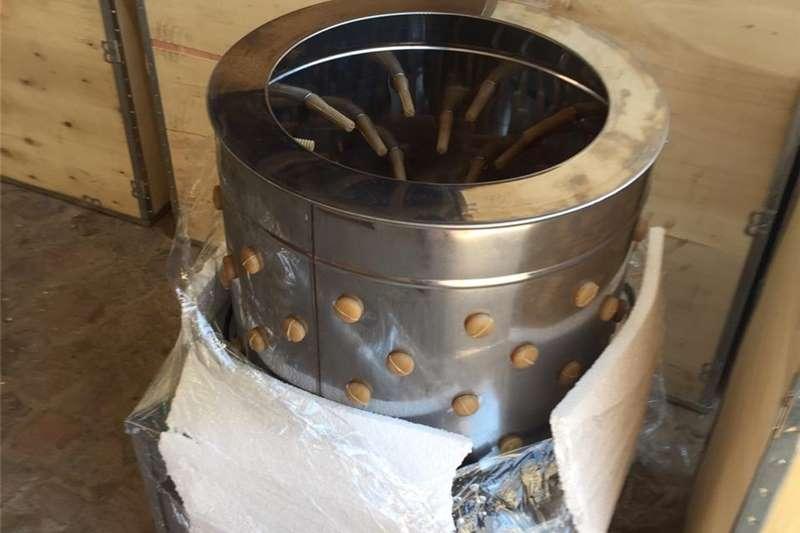 Livestock crushes and equipment NEW CHICKEN FEATHER PLUCKER Livestock handling equipment