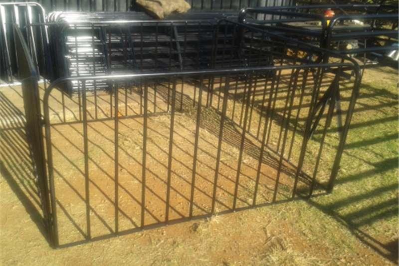 Livestock crushes and equipment Sheep handling equipment Livestock handling equipment