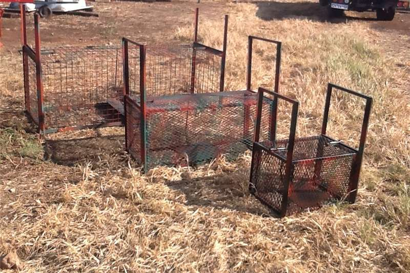 Livestock handling equipment Livestock crushes and equipment traps for wild animals