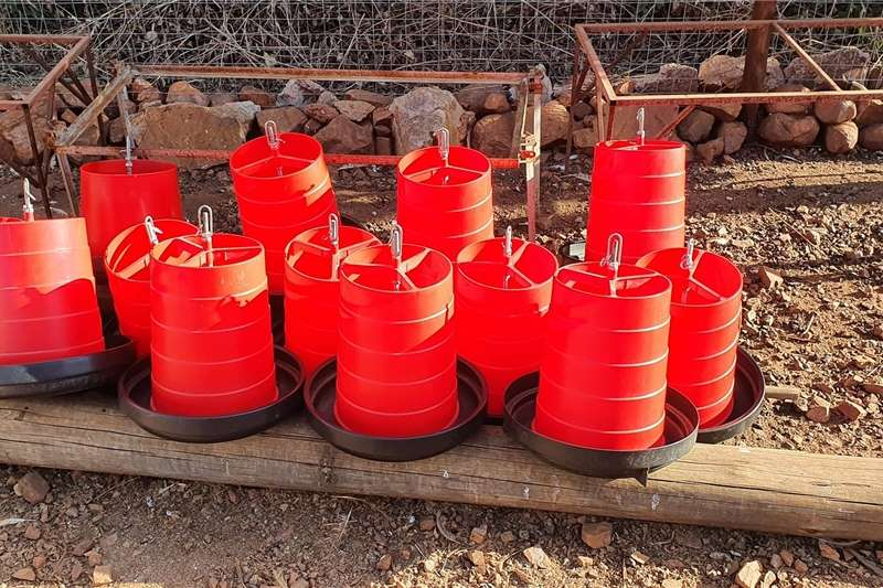 Livestock dipping and spraying Poultry equipment Livestock handling equipment