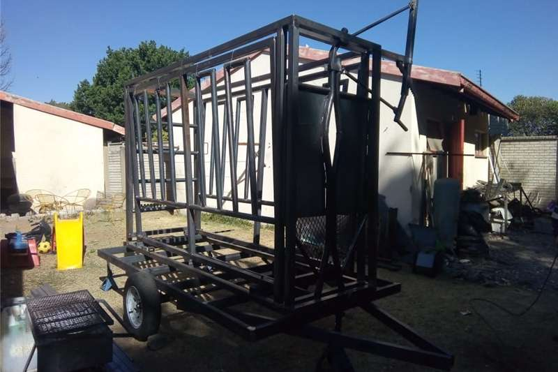 Livestock handling equipment Livestock scale equipment manufacture OF quality gates and livestock handlin