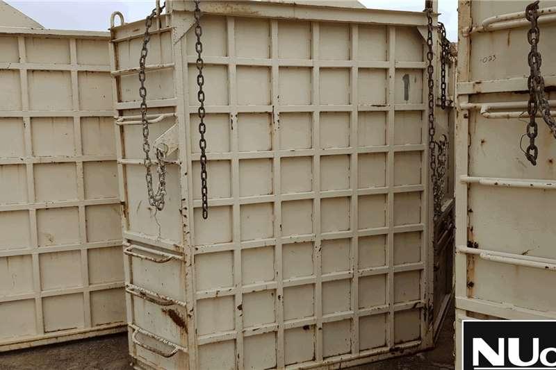 Livestock handling equipment RHINO CRATE (SCEW)