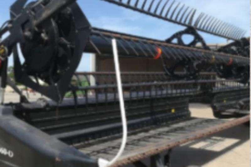 Macdon Combine harvesters and harvesting equipment 40FT Drapeltafel 2012