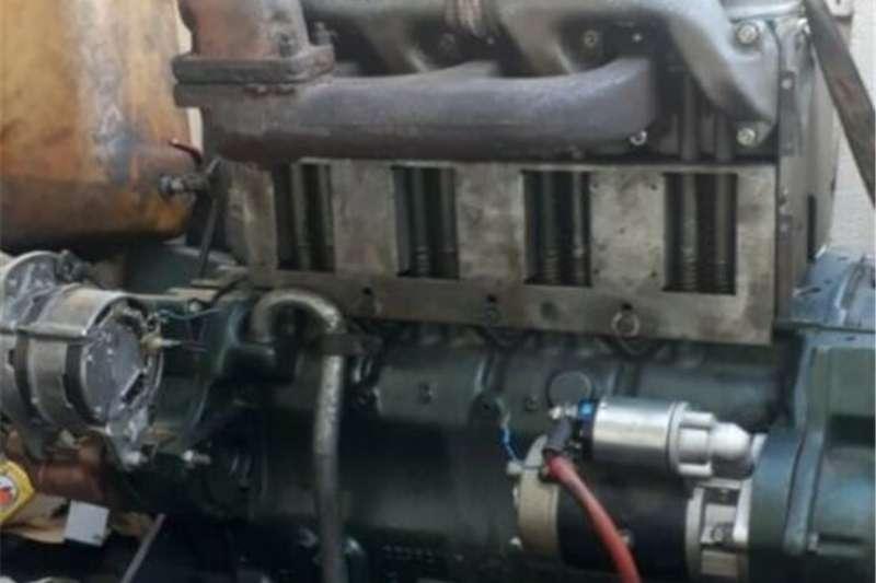 Farming Deutz Engine   4 FL 912   4 Cylinder. Machinery