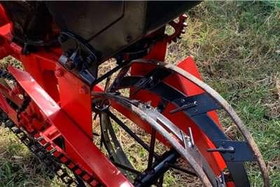 Massey Ferguson Drawn planters 2 Ry x 2.1m Massey Ferguson 525 Planter Planting and seeding equipment