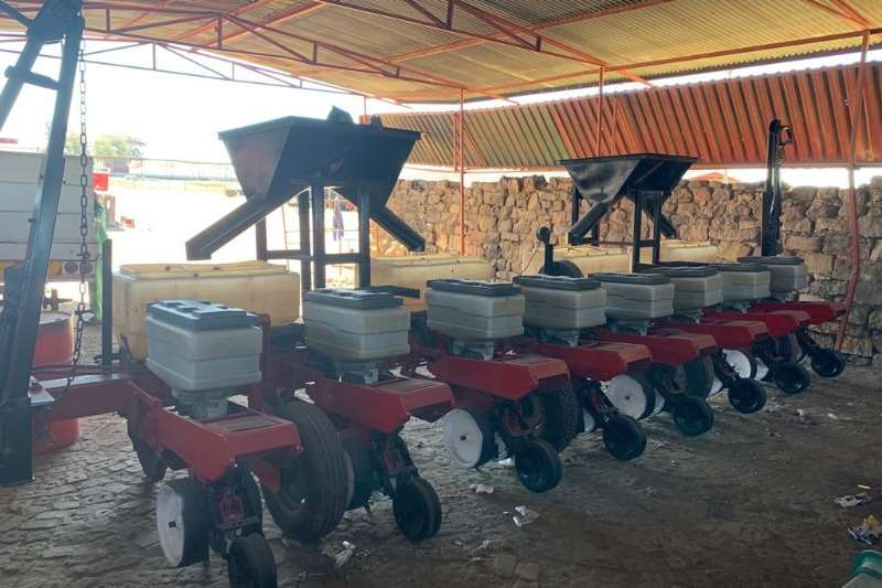 Massey Ferguson Planting and seeding Massey 543 8 Ry 91cm