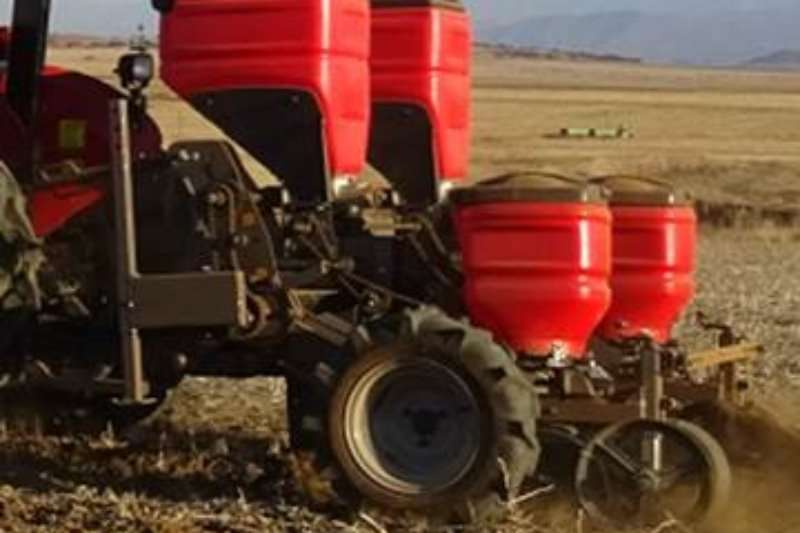 Massey Ferguson Planting and seeding Other planting and seeding 104 PLANTER 2 ROW 2019
