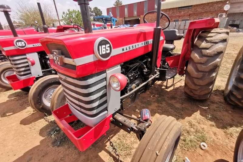 Massey Ferguson Tractors 1975 Massey Ferguson 165 1975
