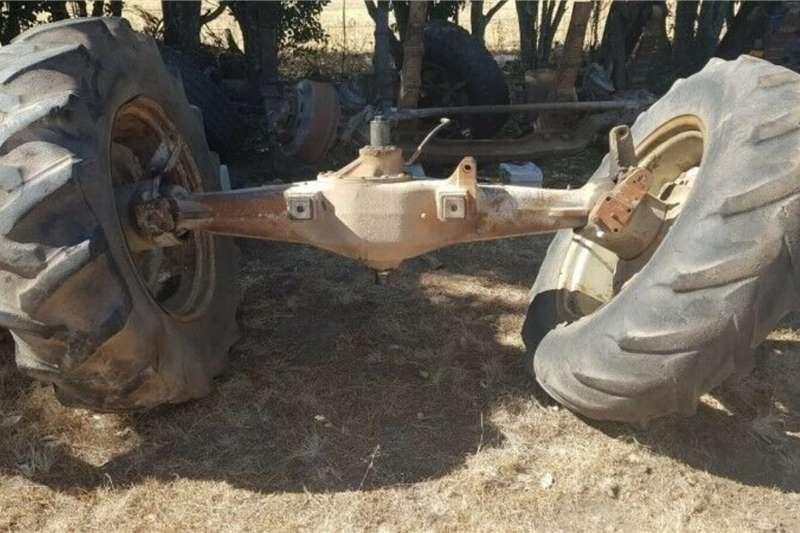 Massey Ferguson 2640 Tractor 4x4 Front Diff Tractors