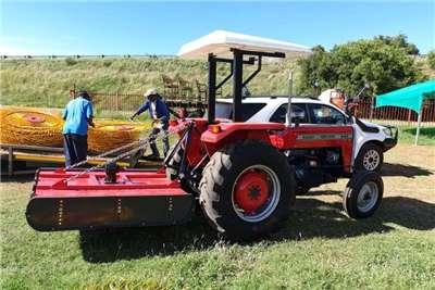 Massey Ferguson 2WD tractors Massey Ferguson 240 Tractors