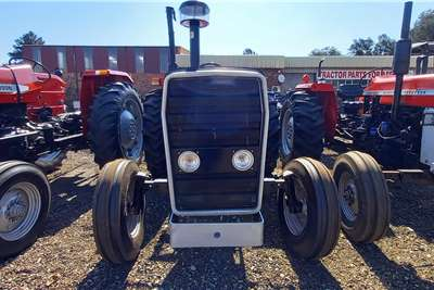 Massey Ferguson 2WD tractors Massey Ferguson 265 with Front New Tyres Tractors