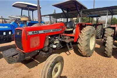 Massey Ferguson 2WD tractors MASSEY FRGUSON 440 Tractors