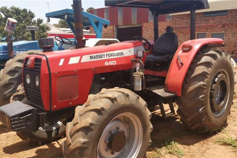 Massey Ferguson Tractors 4WD tractors 440 2009