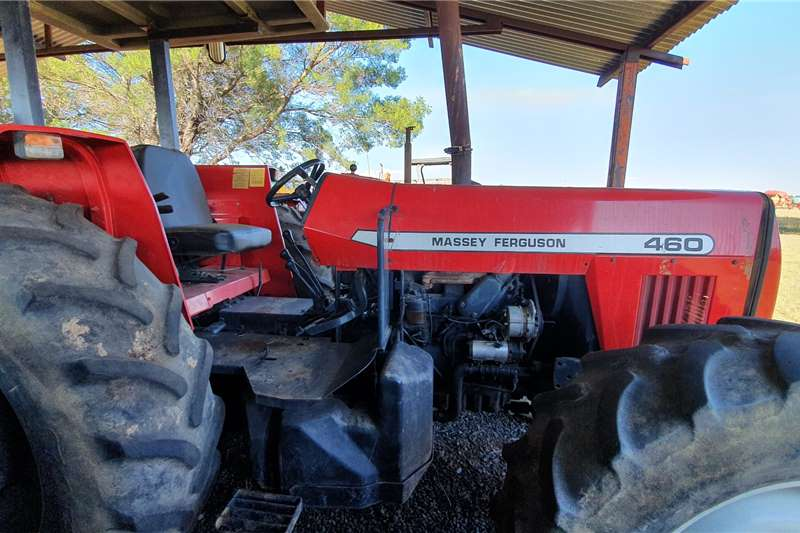 Massey Ferguson 4WD tractors 460 with papers Tractors
