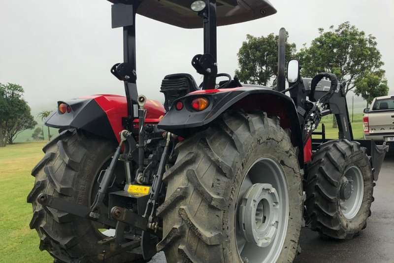 Massey Ferguson 4WD tractors 5709 4wd Power Shuttle Demo with Loader Tractors