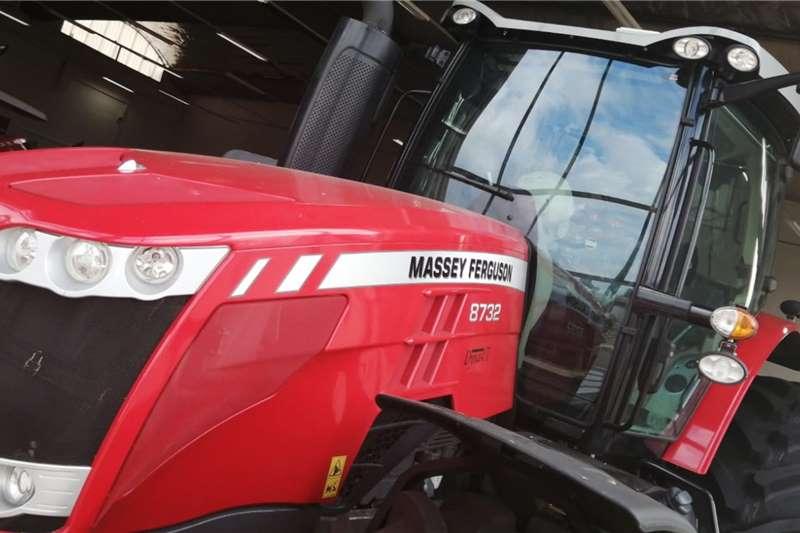 Massey Ferguson Tractors 4WD tractors 8732 demo 2020