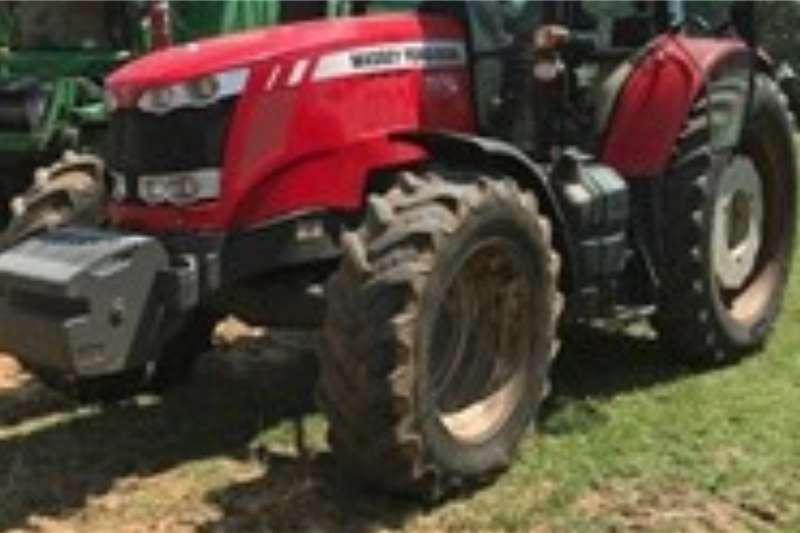 Massey Ferguson Tractors 4WD tractors MASSEY FERGUSON 7614105 Hours 2015