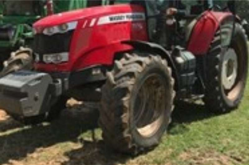 Massey Ferguson Tractors 4WD tractors MASSEY FERGUSON 76148525 Hours 2015