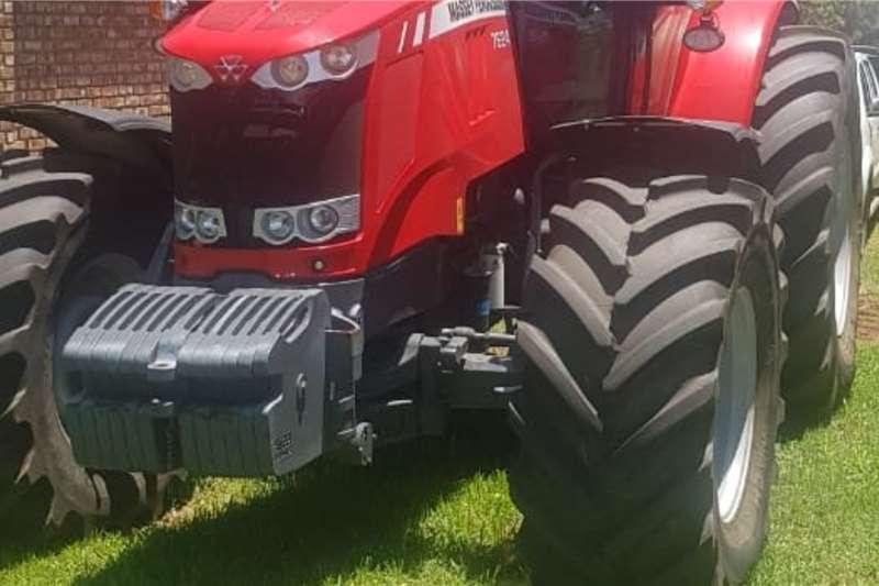 Massey Ferguson Tractors 4WD tractors Massey Ferguson 7624 2020