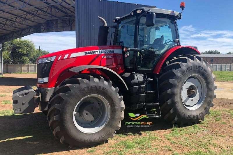Massey Ferguson Tractors 4WD tractors Massey Ferguson 8690 2018