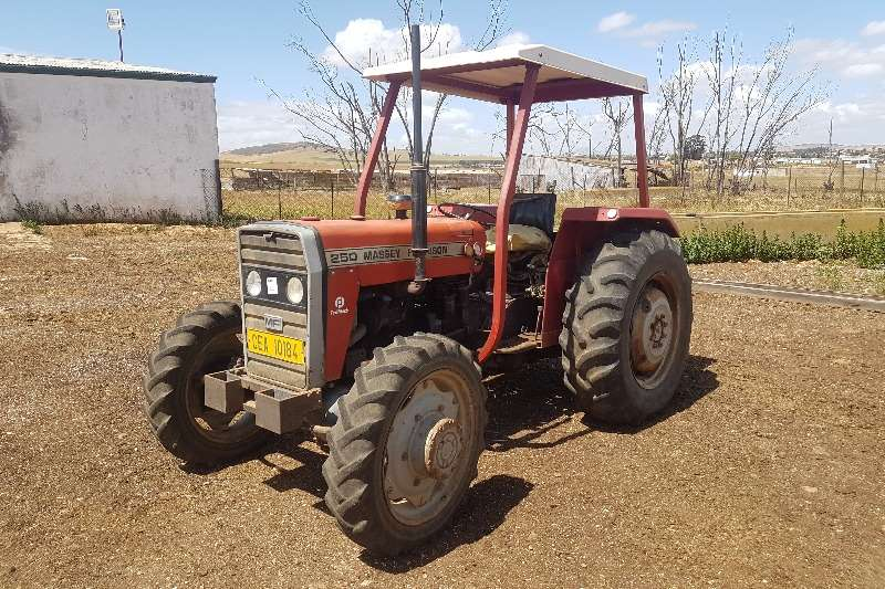 Massey Ferguson Tractors Four wheel drive tractors Massey Ferguson 250 4x4 1983