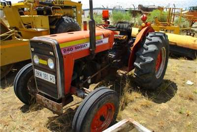 Massey Ferguson Tractors Massey Ferguson 240 Tractor